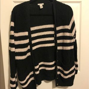 Navy stripped button up sweater with pockets